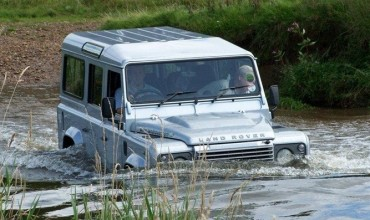 landrover water swandown honiton mud water fun drive holiday lodge