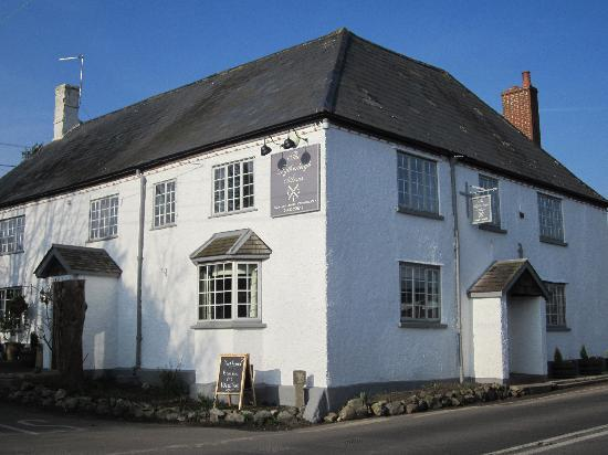 The Tytherleigh Arms - Swandown Acomodation